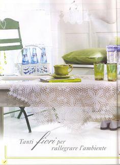 Kira scheme crochet: Scheme crochet no. Large Tablecloths, Oblong Tablecloth, Crochet Tablecloth, Filet Crochet, Crochet Motif, Crochet Doilies, Crochet Patterns, Decorative Napkins, Cosy Apartment