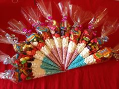 Pre-filled Sweet Cones Ideas for Indian Wedding Favours Sweet packet idea is to have pre-filled delicious cones as wedding favours. Also, these can apt for the sweetening of the mouth after the snacks or food in the ceremony. Food Wedding Favors, Indian Wedding Favors, Indian Wedding Decorations, Indian Weddings, Ceremony Decorations, Diy Party Food, Party Ideas, Diy Food, Diy Ideas