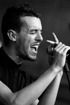 """Ankaralıları güzel bir müzik şöleni bekliyor. """"Cem Adrian"""" konser detayları ve hafta sonu etkinlikleri, hepsi listemizde. #bugunneyapsam #cemadrian http://bugunneyapsam.co/bu-hafta-etkinlikler-listesi/"""