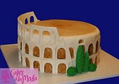 Roman Coliseum cake