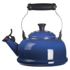 Le Creuset Enamel on Steel Whistling Tea Kettle - traditional - coffee makers and tea kettles - by Chef's Corner Store Le Creuset Tea Kettle, Noir Ebene, Cutlery And More, Up House, Mint, Himmelblau, Heating Element, Kitchen Gadgets, Shopping
