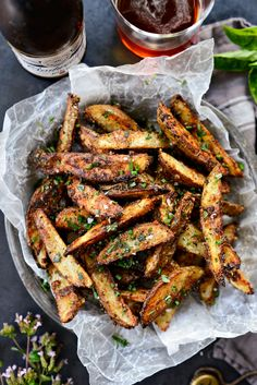 Side Dish Recipes, Side Dishes, Parmesan Fries, Truffle Fries, Dump Meals, Loaded Potato, Potato Sides, Growing Veggies, Vegetarian Cheese