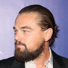 Hollywoodian Beard Style - Different Types of Beards, Best Beard Styles and Ideas, Cool Facial Hair Shapes and Designs Medium Beard Styles, Long Beard Styles, Beard Styles For Men, Hair And Beard Styles, Curly Hair Styles, Leonardo Dicaprio, Different Types Of Beards, Trending Beard Styles, New Beard Style