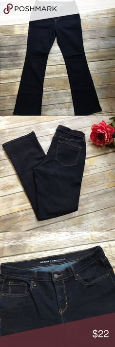 Old Navy Long Length Bootcut Jeans Old Navy long length curvy profile bootcut jeans in like-new condition! Only wore them once before losing weight but they were soooo cute and comfortable 💕 Dark rinse has no signs of fading as they have only been washed once, inside out. Old Navy Jeans Boot Cut