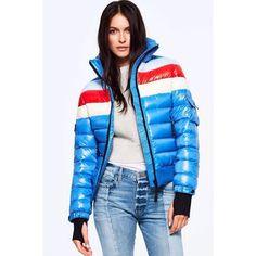 . . . #ツルツル #テカテカ #ナイロン #光沢 #シャイニー #フェチ #ダウン #ダウンジャケット #コーデ #秋コーデ #冬コーデ #ママコーデ #コーデ部 #ファッション #おしゃれ #かわいい #shiny #puffy #puffer #nylon #fetish #down #downjacket #pufferjacket #fashion #doudoune #dounen #SAM.newyork #outfit