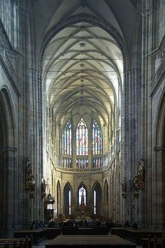 Interior of St Vitus Cathedral in Prague, Czech Republic Ancient Greek Architecture, Gothic Architecture, Beautiful Architecture, Architecture Details, Ribbed Vault, Gothic Cathedral, Grand Mosque, Beautiful Places In The World, Place Of Worship