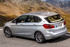 BMW 225xe Active Tourer (2015).