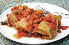 Russian Stuffed Cabbage: an authentic recipe - an incredibly delicious dish Cabbage Rolls, Cooked Cabbage, Beef And Rice, Great Appetizers, Tasty Dishes, Ground Beef, Family Meals, Healthy Recipes, Lamb Recipes