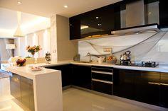 Bellessi Motiv Kitchen Splashbacks Design #lattesteam exclusively available at #bunnings #homedecor #kitchen #splashback #kitchendesign #australianmade www.bellessi.com.au