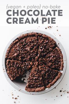 """This super easy Vegan Chocolate Cream Pie with an oreo-like """"cookie"""" crust is the ultra rich no-bake dessert of your DREAMS. Without tofu, cashews, or coconut milk! #vegan #glutenfree #chocolate #dessert #nobake #recipe #easyrecipe #paleo"""