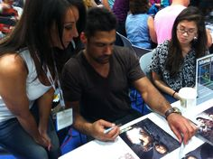 """""""Crixus"""" Manu Bennett...in San Diego.  He's coming to #slcomiccon"""