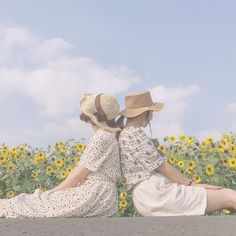 Aesthetic Themes, Girl Photography Poses, Cute Icons, New Theme, Pin Up Style, Blossoms, Ulzzang, Korea, Rainbow