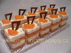Kelímky mandarinka Dessert Recipes, Desserts, Mini Cakes, Panna Cotta, Cheesecake, Candy, Food, Smoothie, Tailgate Desserts