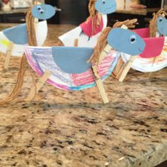 Our stampede rodeo part craft! Clothes pin horses The Wild Horses of Sweetbriar Rodeo Crafts, Cowboy Crafts, Texas Crafts, Horse Crafts, Preschool Crafts, Fun Crafts, Arts And Crafts, Animal Crafts For Kids, Art For Kids