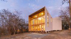 emilio lópez uses local wood to create don juan house in ecuador Homeless Housing, Piscina Interior, Forest View, Wood Cladding, Don Juan, Level Homes, Dezeen, Interior Exterior, Ground Floor