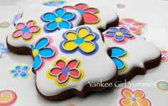 Sticker inspired flowers - using wet-on-wet technique. Cookies by Yankee Girl…