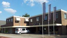 Slaapkenner Theo Bot : slaapzaak Dorpsstraat 162 1689 GG Zwaag / Hoorn  Matras, bed, kast op maat, persoonlijke service, Parkeren voor de deur Winkelpand Noordholland