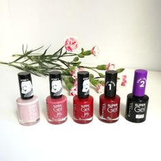 Review of Rimmel Super Gel nail varnish on the blog
