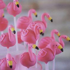 "86 Likes, 7 Comments - Creative Cakepops (@creativecakepop) on Instagram: ""Flamingo fun! Flamingo cake pops #creativecakepops #cakepop #cakepops #instacakepops #flamingos…"""