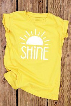 Shine Yellow Shirt Cute Shirts for Girls Girls Shirts Christian Shirts This Little Light of Mine Let It Shine Girl Youth Shirt Sun Shirt Shine Yellow Shirt Cute Camisas para niñas Chicas Camisas Shirt Desing, Tumblr Shirt, Chemise Fashion, Men's Shirts And Tops, T Shirts For Girls, Summer T Shirts, Trendy T Shirts, Clothes For Girls, Casual Shirts