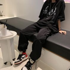 Indie Outfits, Teen Fashion Outfits, Edgy Outfits, Korean Outfits, Retro Outfits, Cute Casual Outfits, Grunge Outfits, Skater Girl Outfits, Comfortable Outfits