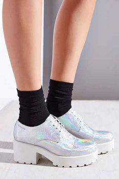 Vagabond Dioon Hologram Oxford - Urban Outfitters