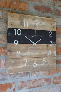 PalletWood / Drevene hodiny Night Vision Night Sights, Night Vision, Clock, Survival, Wall, Home Decor, Watch, Homemade Home Decor, Clocks