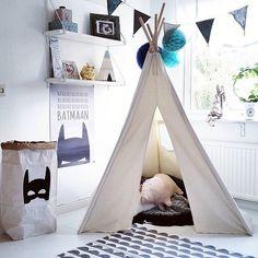 Tellkiddo Paper Bag   Kidsroom   Jollyroom - http://www.jollyroom.se/produkter/tellkiddo-papperspase-superhjalte-svart   #jollyroom