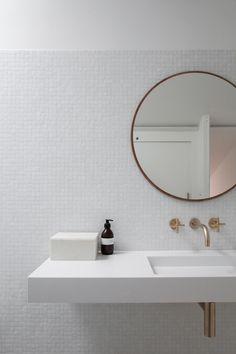 Bad Inspiration, Bathroom Inspiration, Photographe Architecture, Scandinavian Bathroom, Studio Furniture, Minimalist Interior, Master Bathroom, Dyi Bathroom, Bathroom Trends