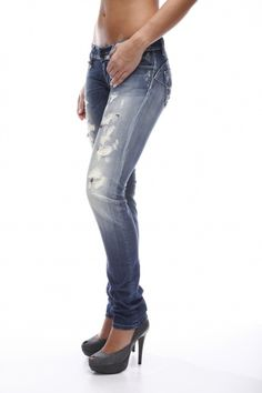 Jeans that make me look more   curvy...