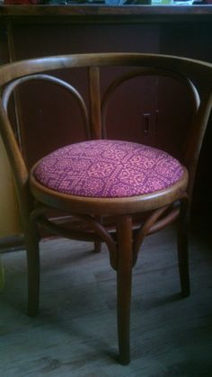 neues Stuhlpolster upholster