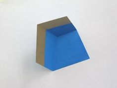 Henriette van´t Hoog Golden Edge II, 2012, 25x21x14 cm