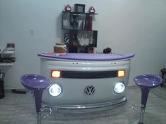 Another use for that old VW Bus front panel that everyone has kicking around their home.