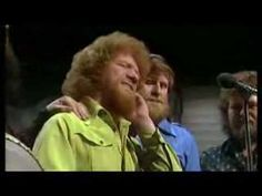 ▶ Luke Kelly The Auld Triangle - YouTube