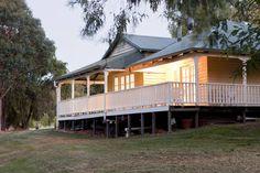 Wildwood Brook Cottage - Stunning views with large entertaining deck - Yallingup