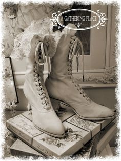 My favorite Vintage Boots!  About a size 5 in today's sizing!