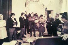 Violet Hensley presenting a fiddle to Senator Byrd