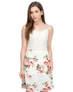 Online shopping on designer brands for women clothing. Discount shopping on designer dresses, footwear, handbags, watches, accessories and much more at Styletag India Western Outfits, Western Wear, Western Apparel, Discount Online Shopping, Crepe Dress, Designer Dresses, Floral Prints, Footwear, Clothes For Women
