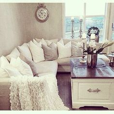 Throw in some vanilla pillar candles and this will be my living room;)