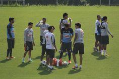 Entrenamiento @Rayados de Monterrey Oficial  22/04/14 Foto: @Edgar Montelongo