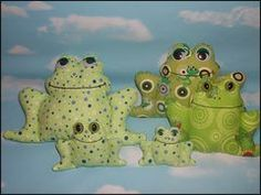 5 Green & Speckled Frogs stuffed animal sewing pattern from www.snowdropshop.com.