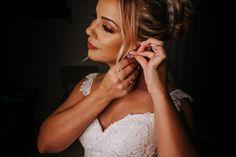 Como escolher a grinalda ideal para seu casamento? Boho, Drop Earrings, Jewelry, Link, Fashion, Dress Wind, Classic Style, Stylish Hairstyles, Dress Wedding