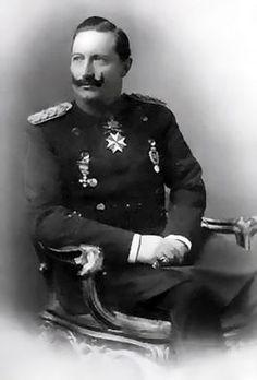 Keizer Wilhelm de Tweede was kleinzoon van de Britse koningin Victoria. Hij was Keizer van Duitsland tijdens de Eerste Wereldoorlog. Hij was keizer van 1888 tot 1918 en stierf op 4 juni in 1941.