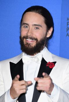 Pin for Later: Up Your Braid Game With the Best Plaits of Red Carpet Season Jared Leto From the front, Jared was all scruff and smiles . . . but you have to keep reading to see what he did with the back!