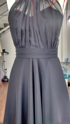 Emmateliê Vestidos Diy Party Dress, Diy Dress, Stylish Dresses, Elegant Dresses, Fashion Dresses, Fashion Now, Fashion Sewing, Dress Sewing Patterns, Clothing Patterns