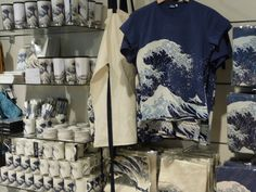 Great Wave Merch at the British Museum (November 2010)