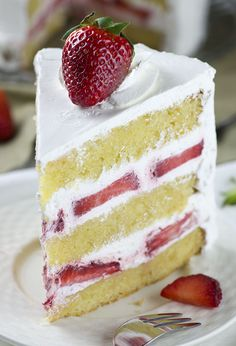 Strawberry Shortcake Cake- layers of dense, buttery and moist vanilla cake filled with fresh whipped cream and fresh sliced strawberries. Easy spring ( or summer ) dessert recipe to celebrate the arrival of my favorite season. Summer Dessert Recipes, Dessert Cake Recipes, Strawberry Shortcake Recipes, Strawberry Recipes, Strawberry Cream Cakes, Chocolate Strawberries, Chocolate Desserts, Covered Strawberries, Chocolate Cake