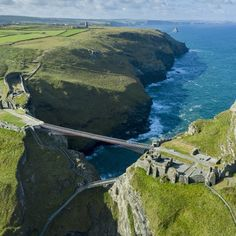 This New Footbridge to a Medieval Castle Is Not for People With a Fear of Heights - - The bridge is associated with the legend of King Arthur, for starters. King Arthur's Castle, Tintagel Cornwall, Places To Travel, Places To Visit, Country Life Magazine, Holidays In Cornwall, Devon And Cornwall, Medieval Castle, English Countryside