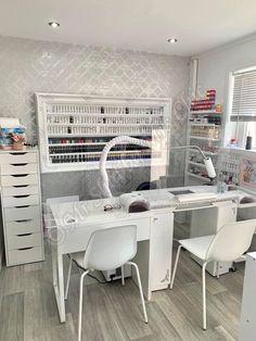Home Beauty Salon, Home Nail Salon, Nail Salon Design, Nail Salon Decor, Beauty Salon Decor, Beauty Salon Interior, Beauty Salon Design, Salon Interior Design, Beauty Salons