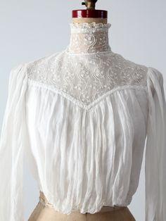 Victorian lace blouse - 86 Vintage